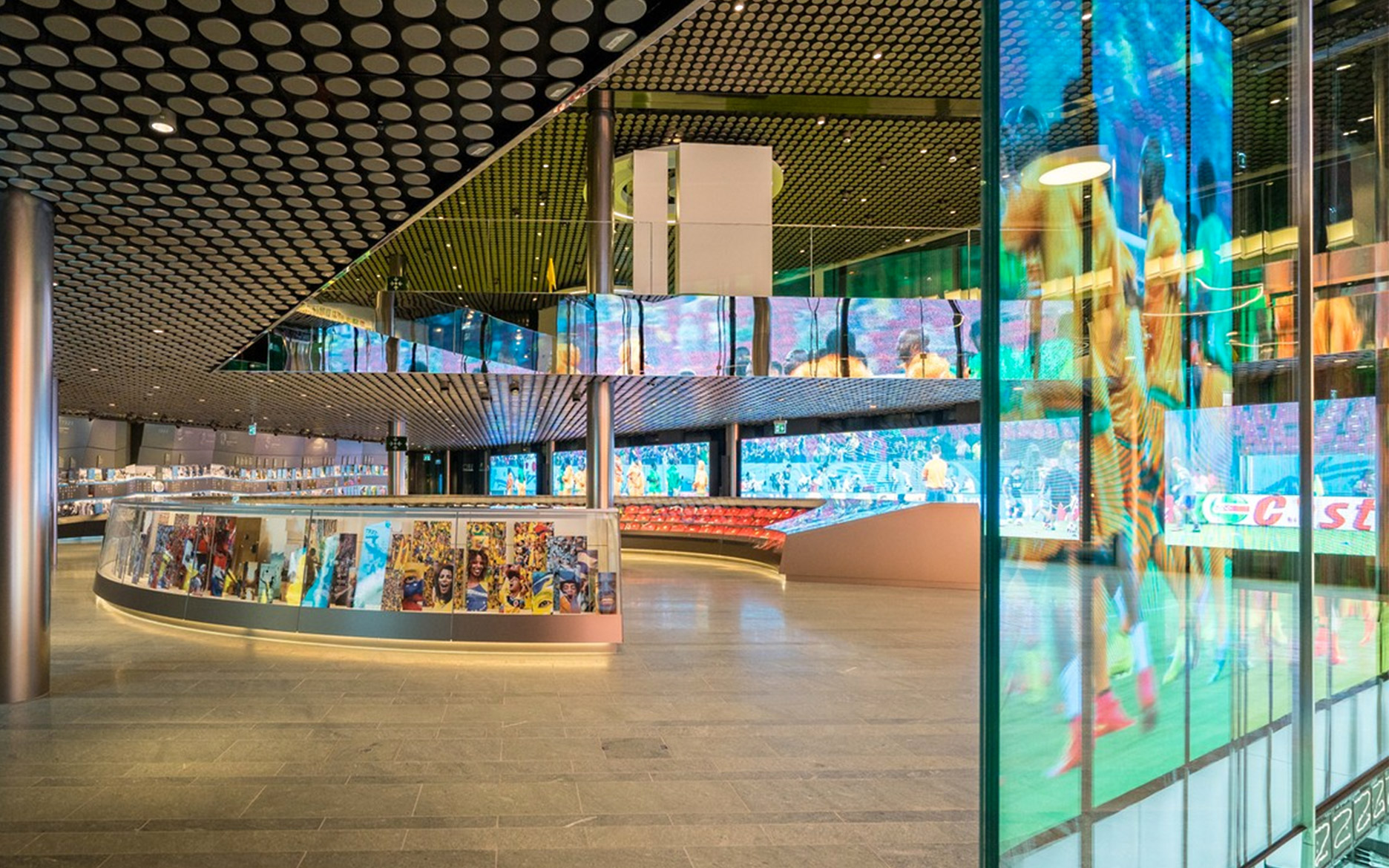 FIFA Museum Zürich tennagels LED Festinstallation