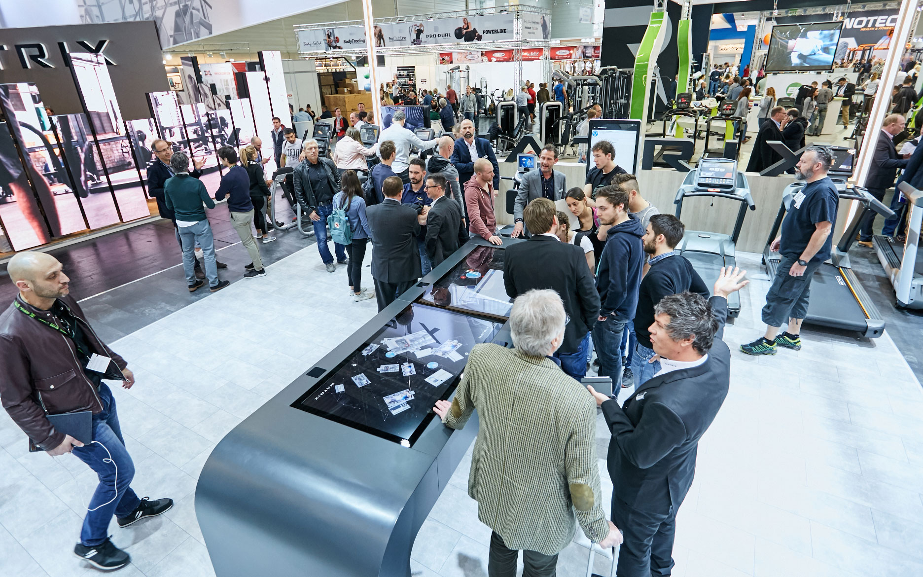TouchTable, Touch Tisch, Multitouch Table, LEAD Generierung, LEADs, Messe